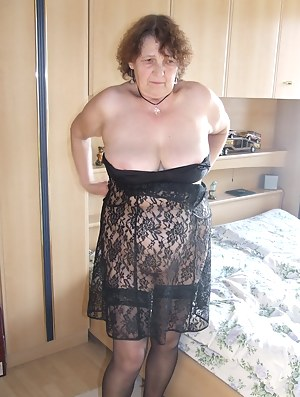 Best HD Granny Porn Pictures