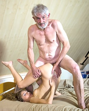 Best HD Bizarre Porn Pictures