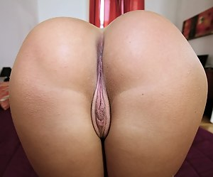 Best HD Pussy Porn Pictures